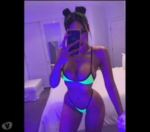 Nisa russian outcall escort in Winchester
