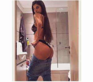 Laurene transsexual escorts in Gladstone, MO